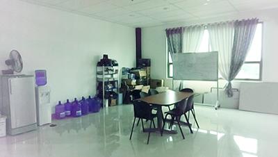 フィリピン セブオフィス会議室?