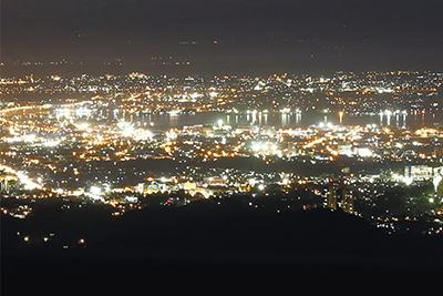フィリピン セブ島の有名観光地:夜間のトップス