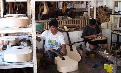 フィリピン セブギター職人